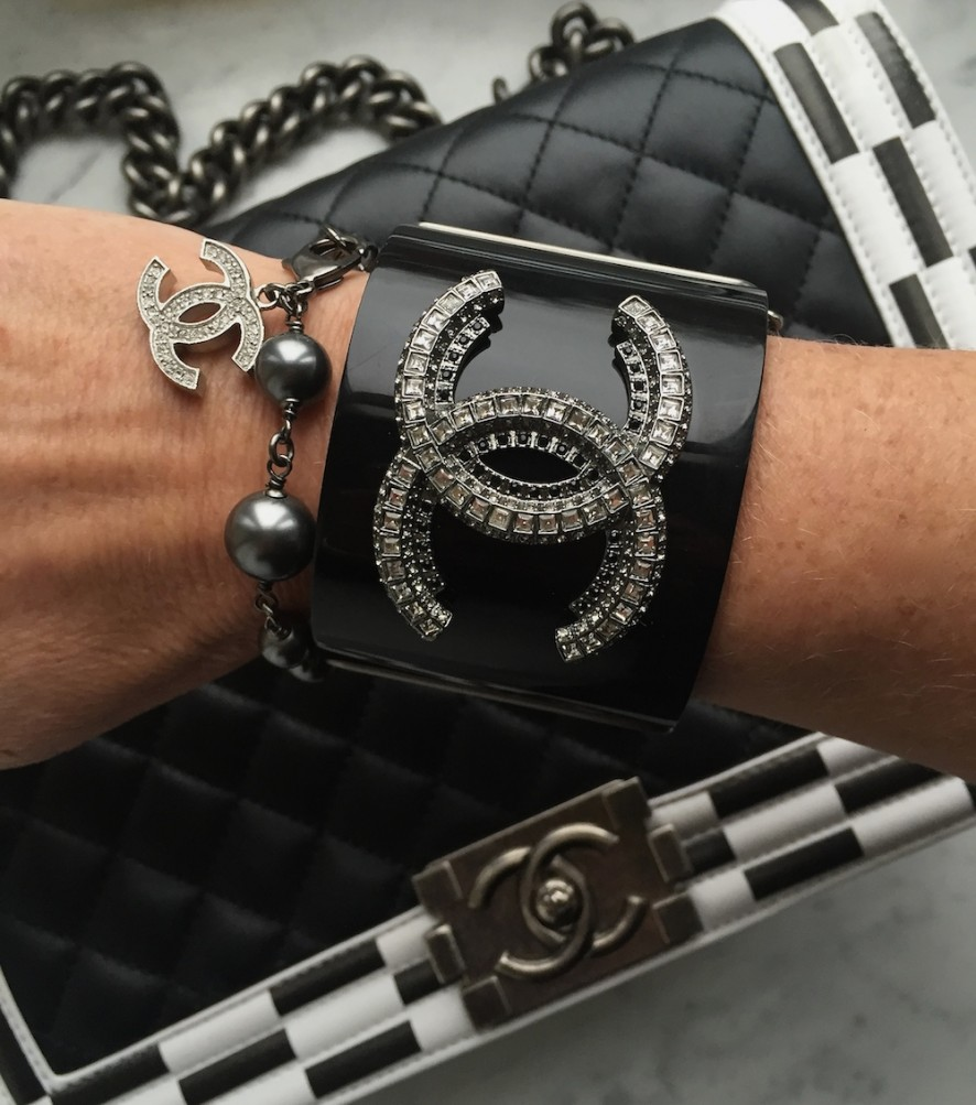 Chanel armcandy