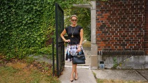 Hermes vintage kelly bag, Zara top, Clover canyon skirt