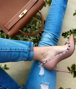 Valentino rockstud pumps, Forever 21 distressed ripped jeans