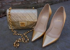 Chanel vintage gold flap, Louboutin metallic so kate
