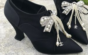 Chanel metiers d'art pearl lace ups