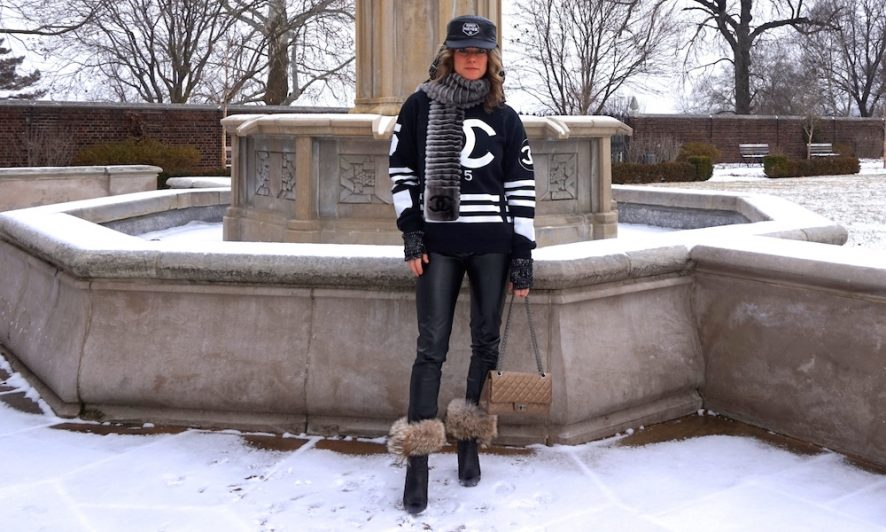 Chanel coco neige hat tweed black